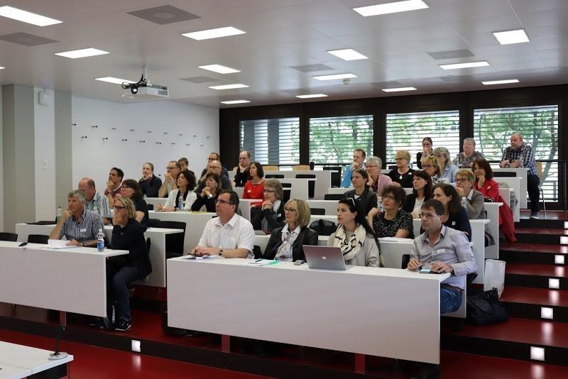Weiterbildung rund um Digitalisierung im Unterricht und Potenzialentfaltung - für alle Berufslehrpersonen und Interessierte